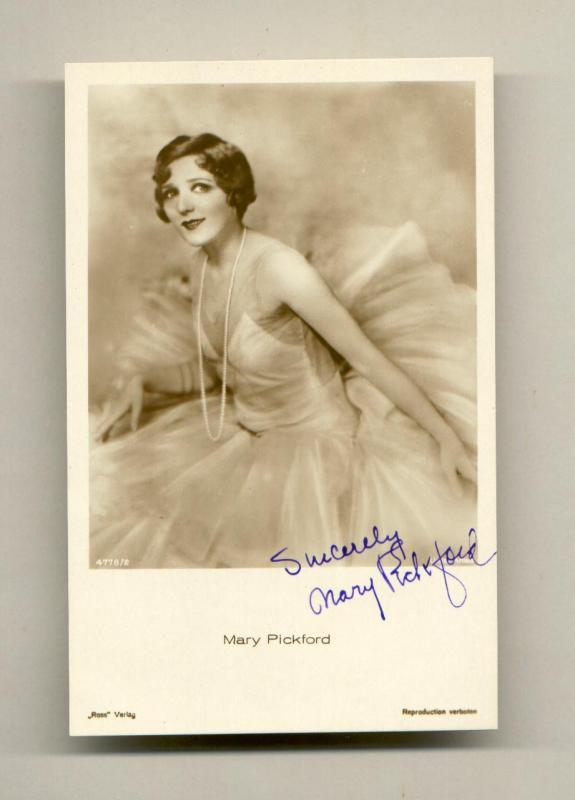 Mary Pickford, 1920s movie star, was Canadian.